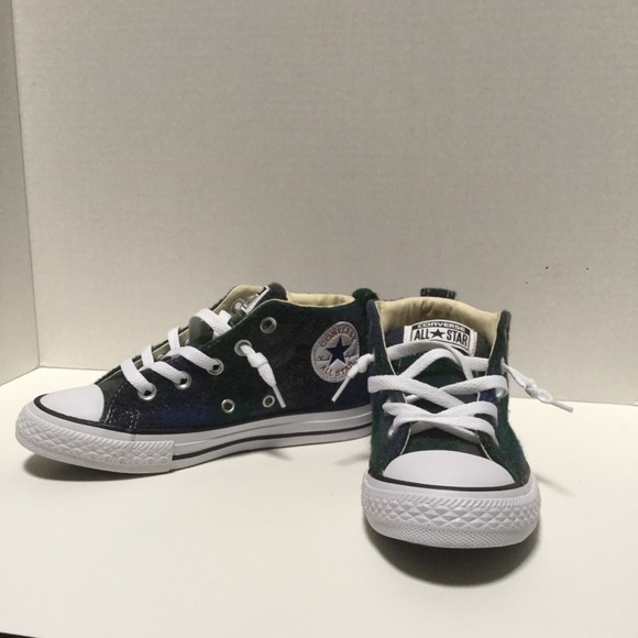 62649e1b96a4 NIB kids Converse wool rich plaid shoes size 1